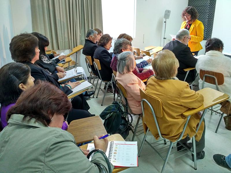 Adultos mayores inician vida de universitarios en Antofagasta