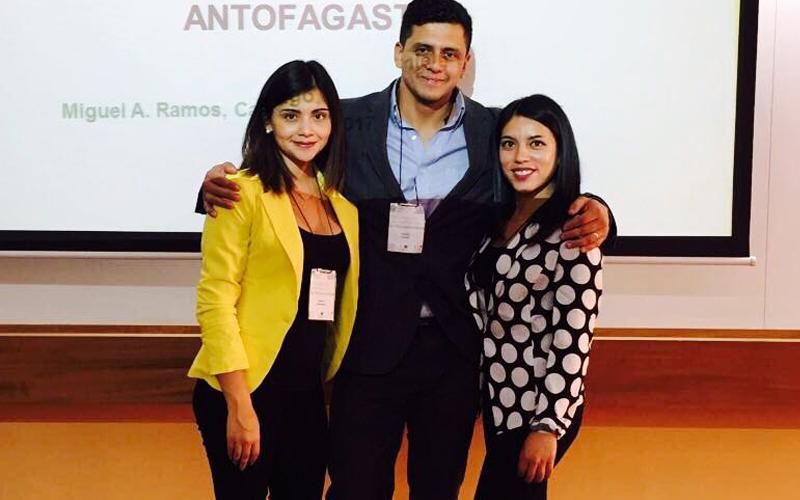 Alumnas de Antofagasta presentan inédita experiencia en neuropsicología en congreso en Santiago