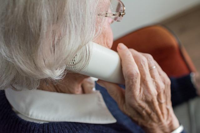 Recomendaciones para personas mayores y sus familiares frente a la pandemia por el COVID-19